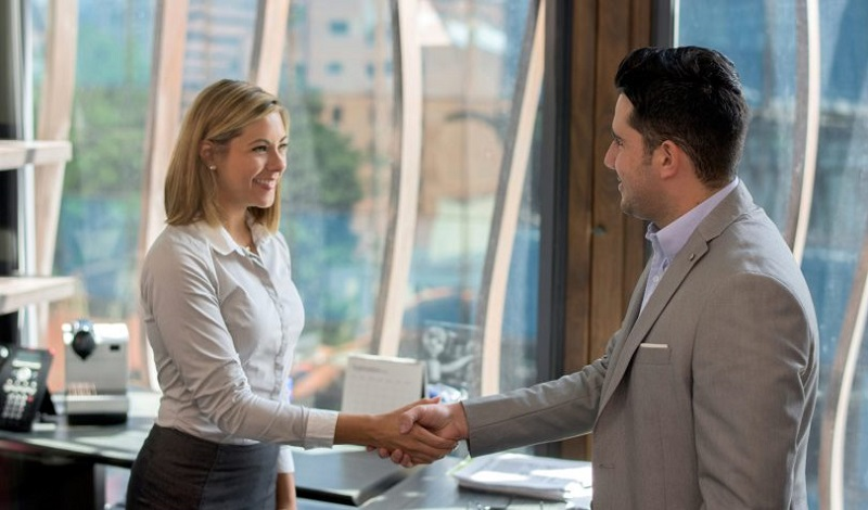 برخورد با رئیس جدید,برخورد با مدیر جدید,تغییر مدیریت