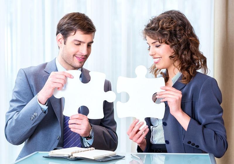 اعتماد به نفس,راههای افزایش اعتماد به نفس,طرز صحبت در محل کار